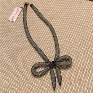 NWT Betsey Johnson Necklace. A beautiful bow!